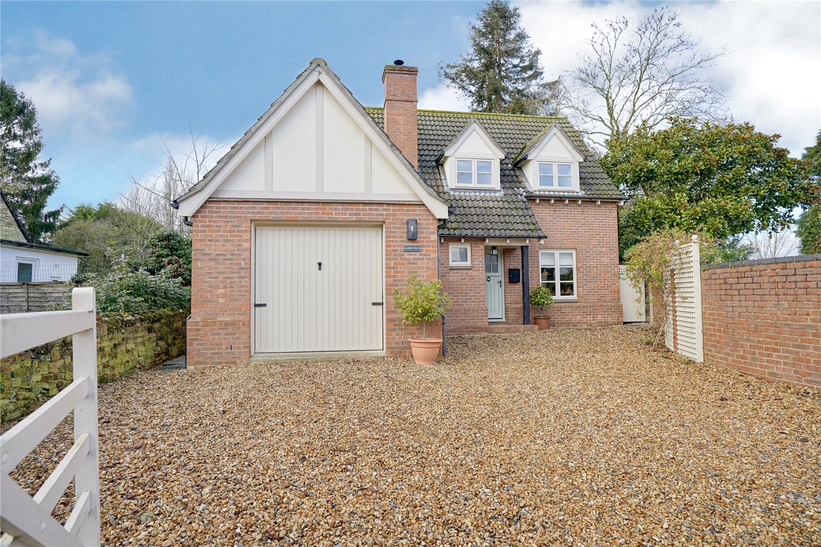 3 bed house for sale in Bluntisham, PE28 3LD - Property Image 1