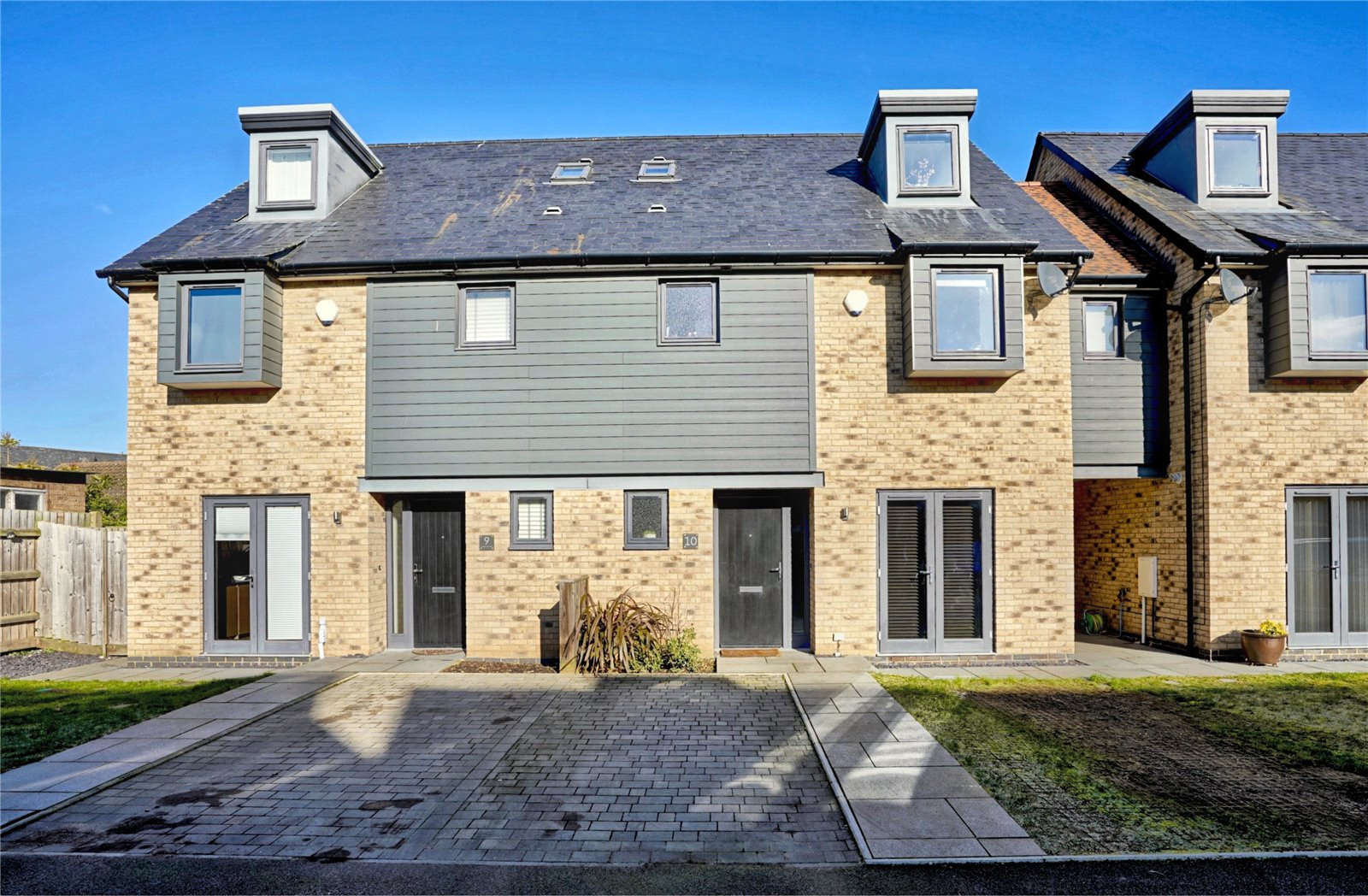 3 bed house for sale in St. Ives, PE27 5DN - Property Image 1