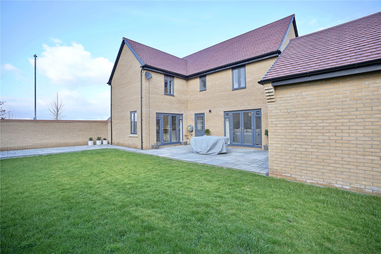 5 bed house for sale in Godmanchester, PE29 2NG  - Property Image 4