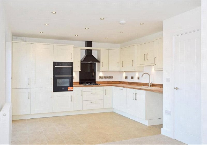3 bed house for sale in Bluntisham, PE28 3LE 1
