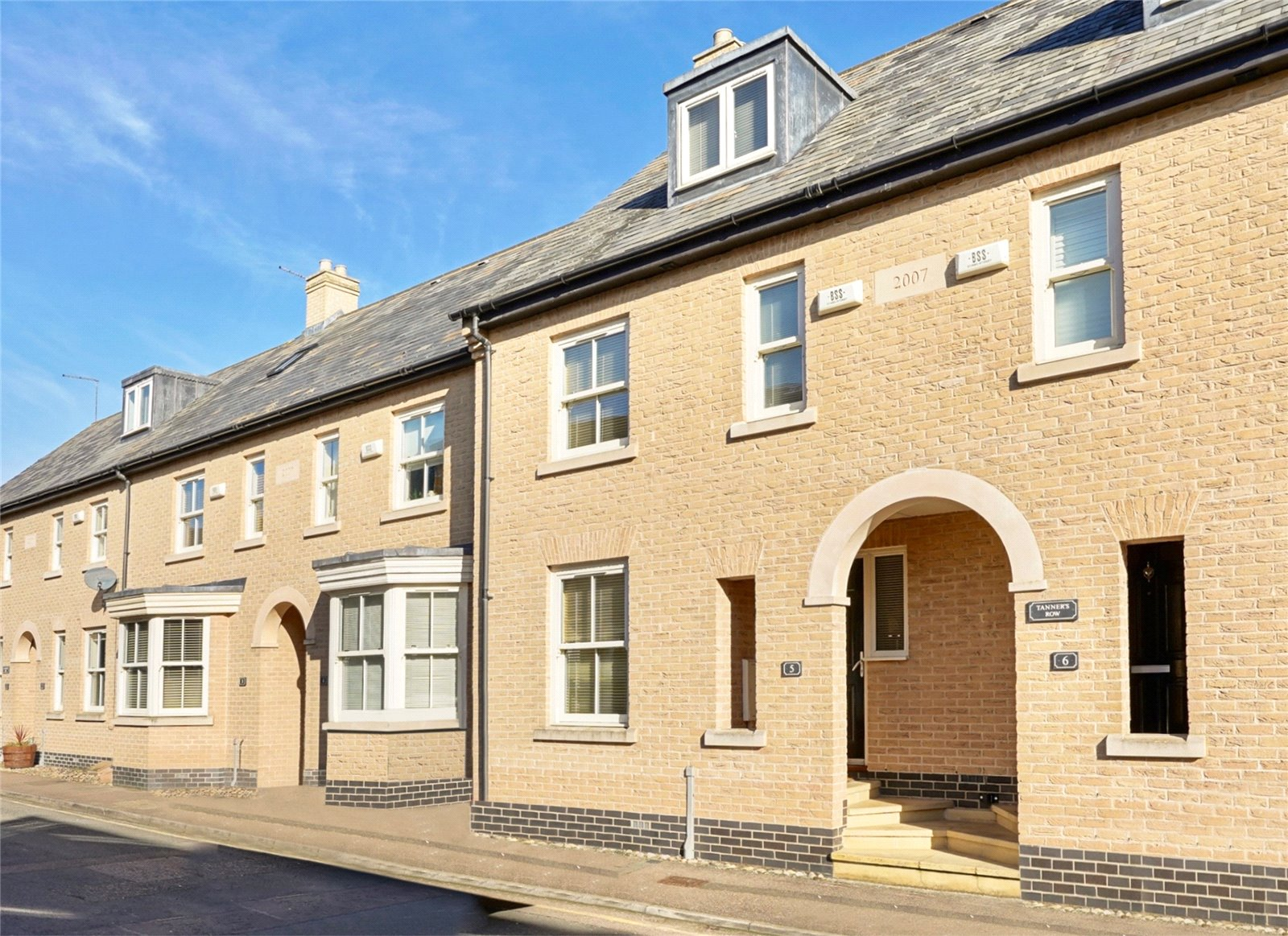 3 bed house for sale in St. Ives, PE27 5RJ  - Property Image 1