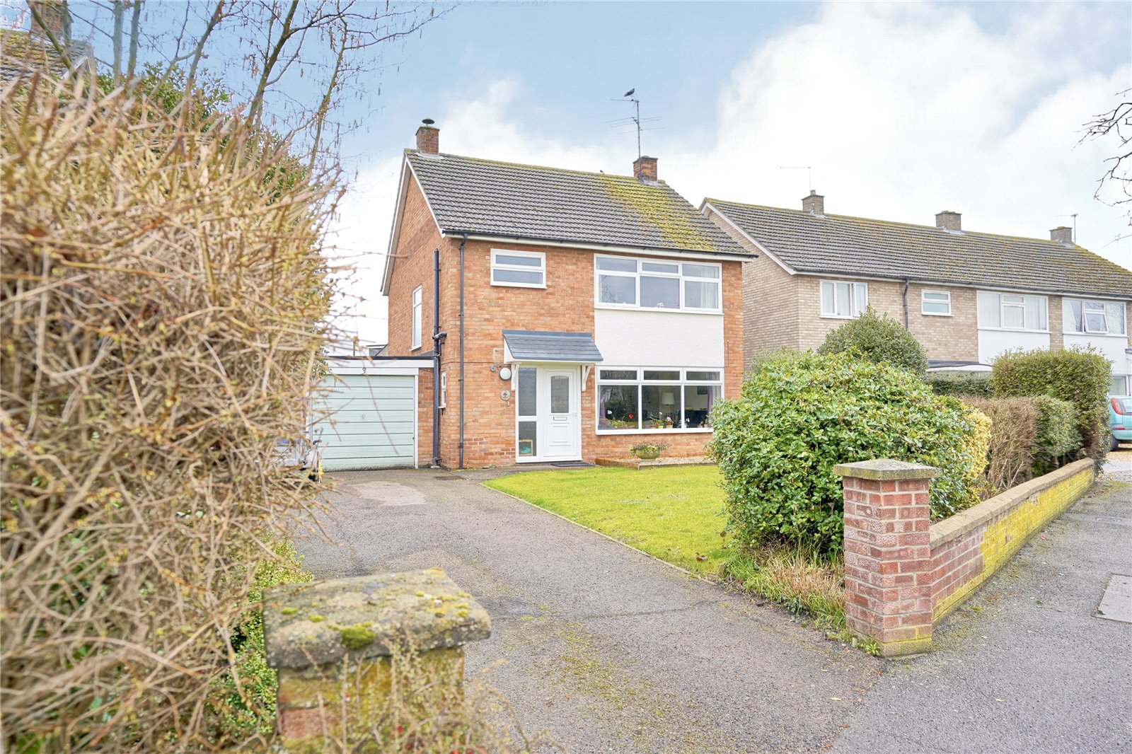 3 bed house for sale in St. Ives, PE27 6UD  - Property Image 1