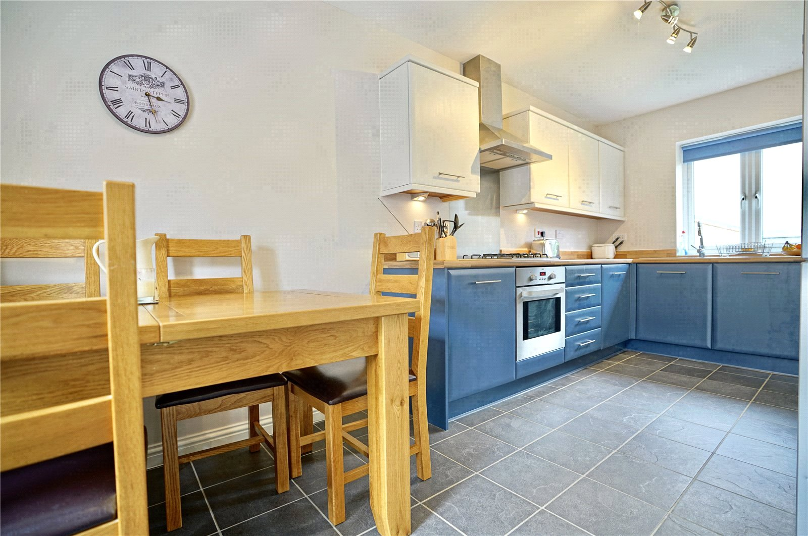 3 bed house for sale in St. Ives, PE27 5DL  - Property Image 2
