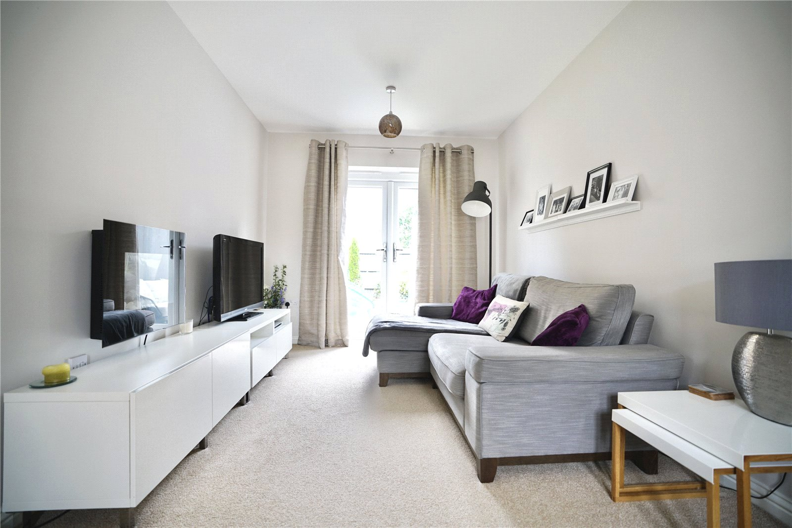 3 bed house for sale in St. Ives, PE27 5DL 2