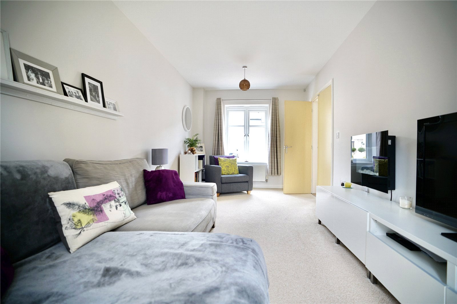 3 bed house for sale in St. Ives, PE27 5DL  - Property Image 5