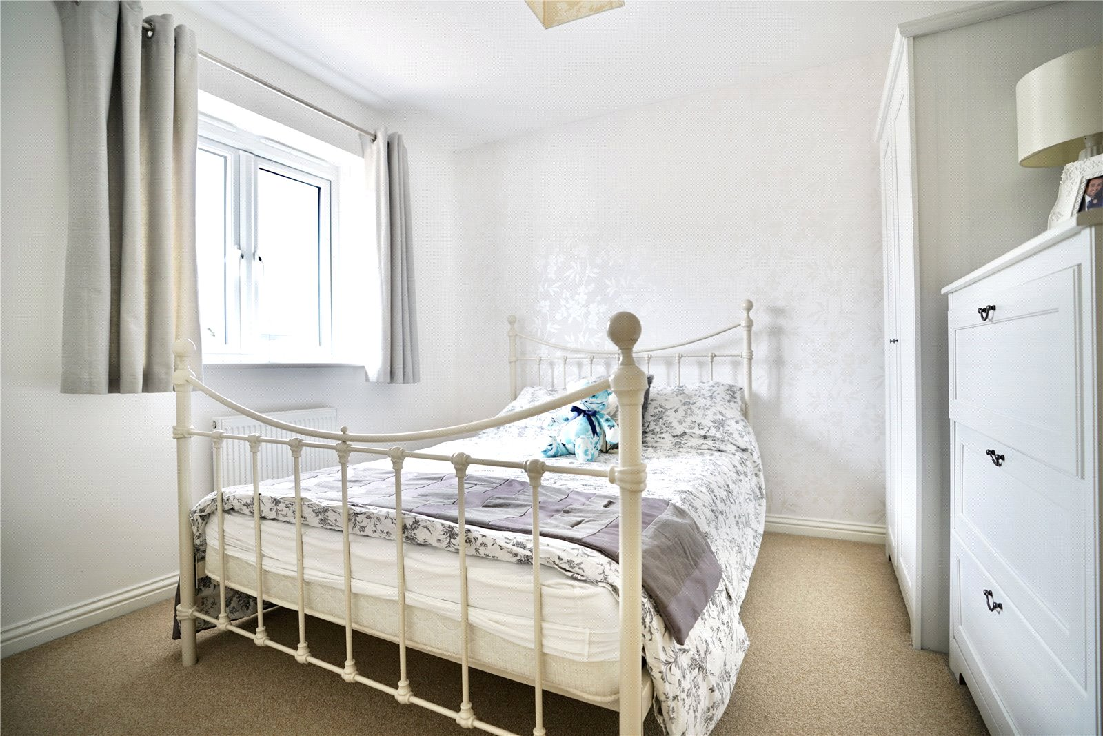 3 bed house for sale in St. Ives, PE27 5DL  - Property Image 8