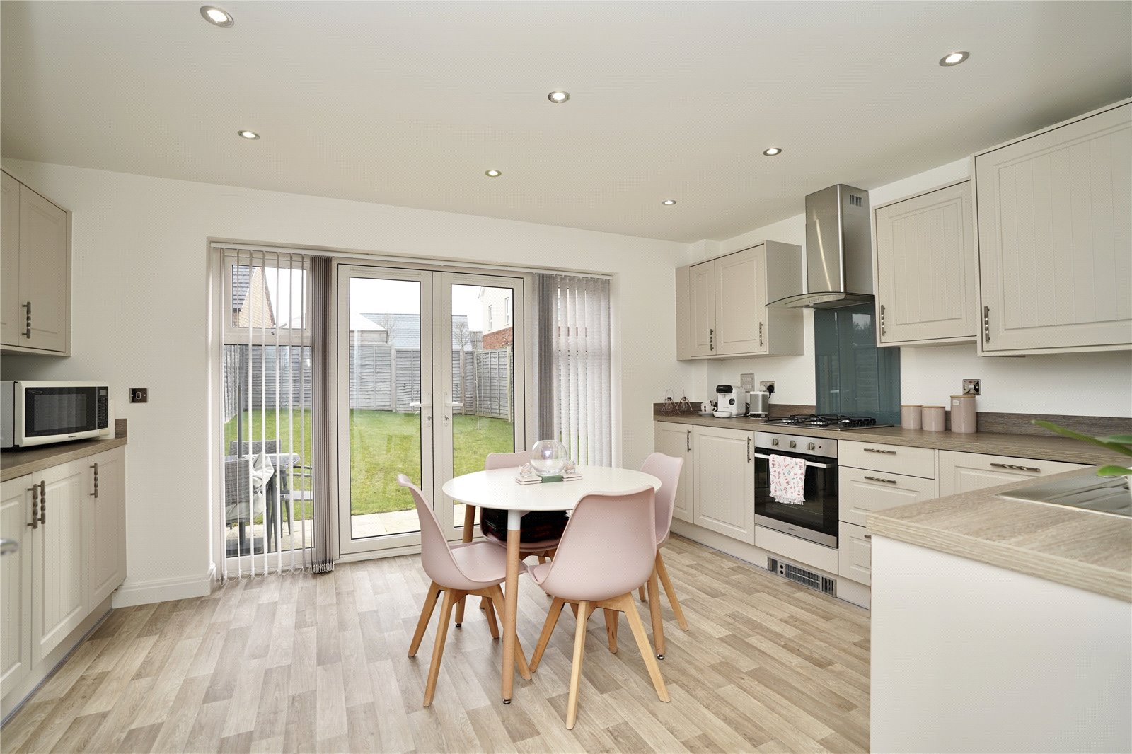3 bed house for sale in Sawtry, PE28 5ZJ 1