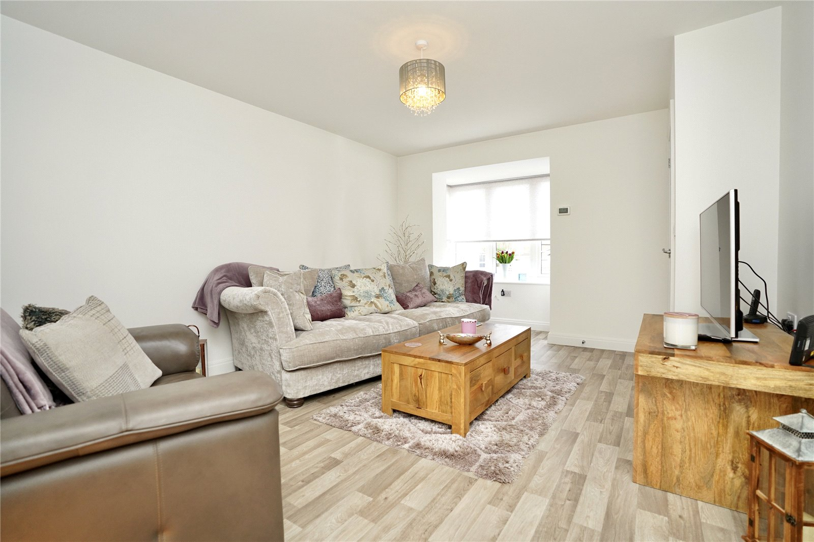 3 bed house for sale in Sawtry, PE28 5ZJ  - Property Image 3