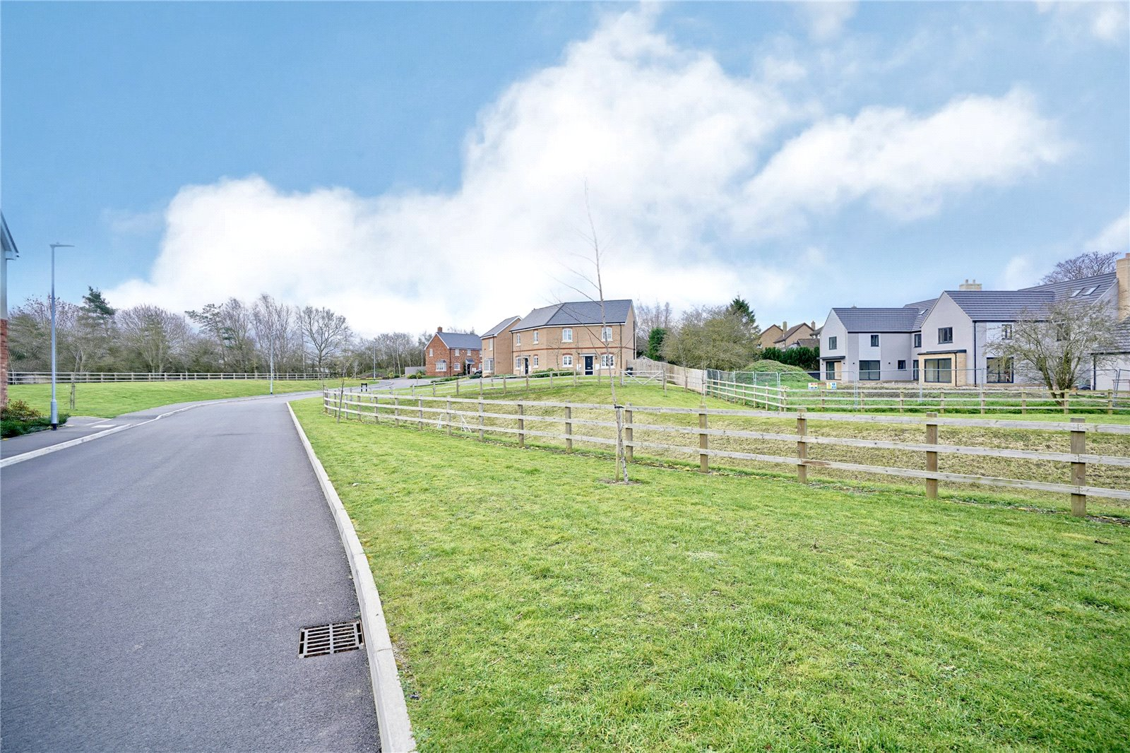 3 bed house for sale in Sawtry, PE28 5ZJ  - Property Image 12
