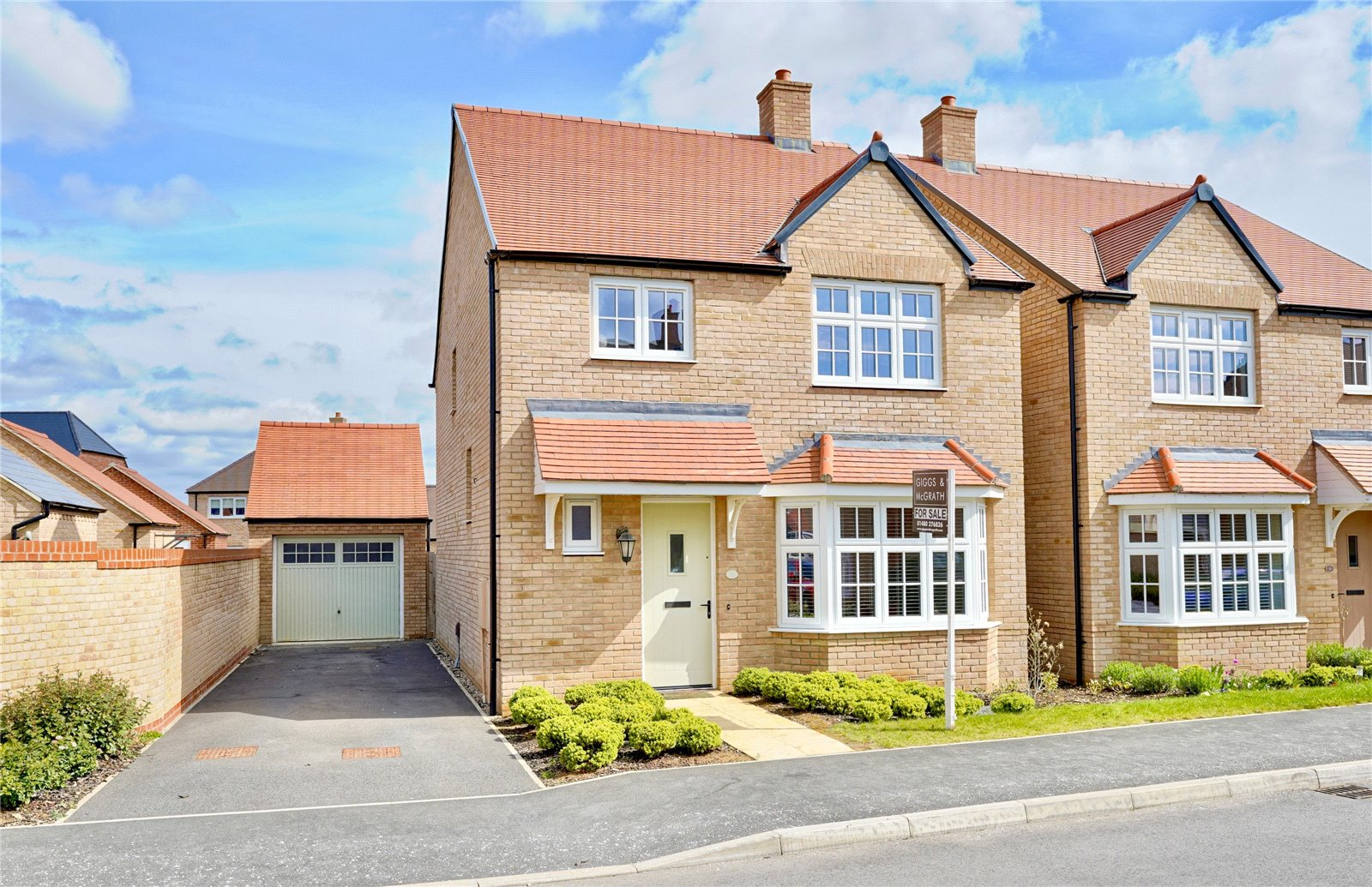 4 bed house for sale in Alconbury Weald, PE28 4BP - Property Image 1