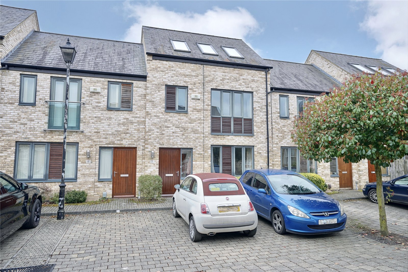 3 bed house for sale in St. Ives, PE27 5RP - Property Image 1
