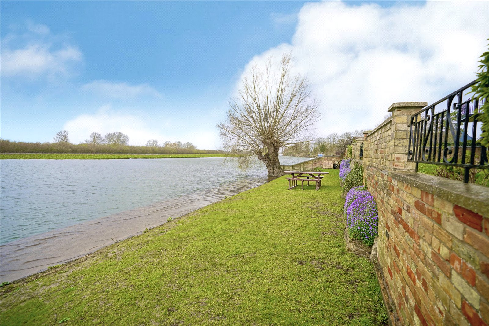 2 bed apartment for sale in Earith, PE28 3PP  - Property Image 4