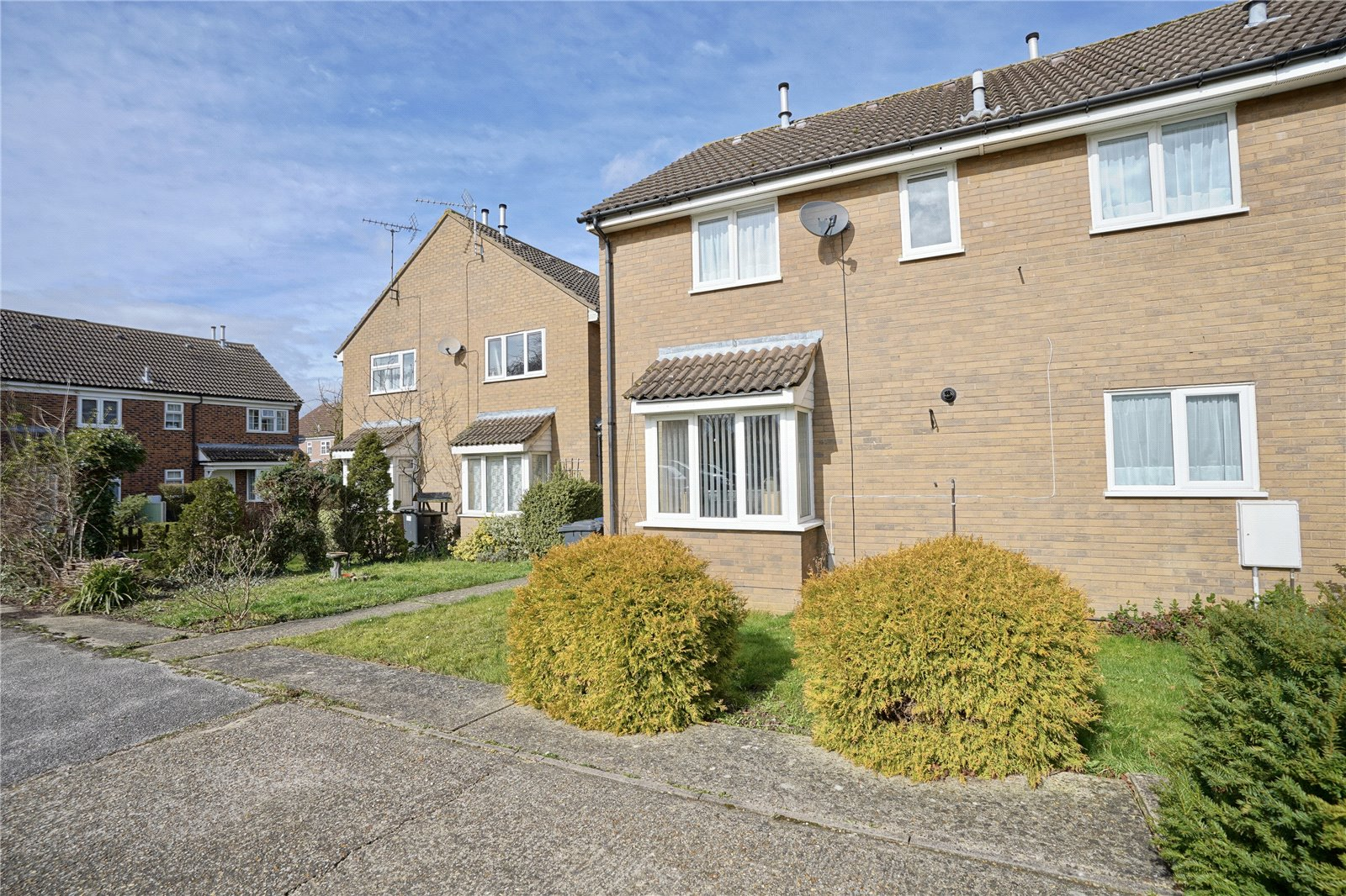 2 bed house for sale in St. Ives, PE27 3FN - Property Image 1
