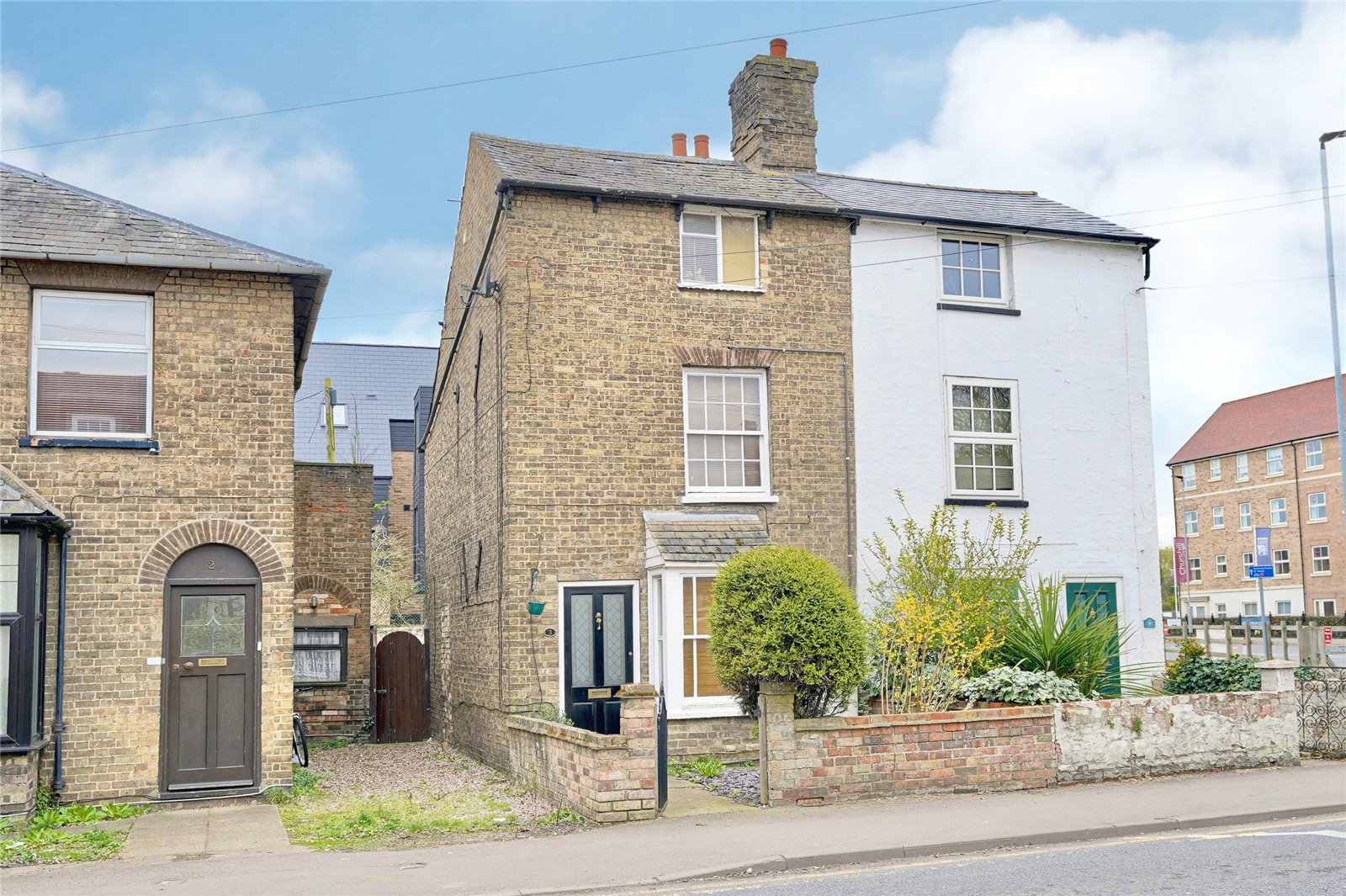 3 bed house for sale in Huntingdon, PE29 3EX  - Property Image 1