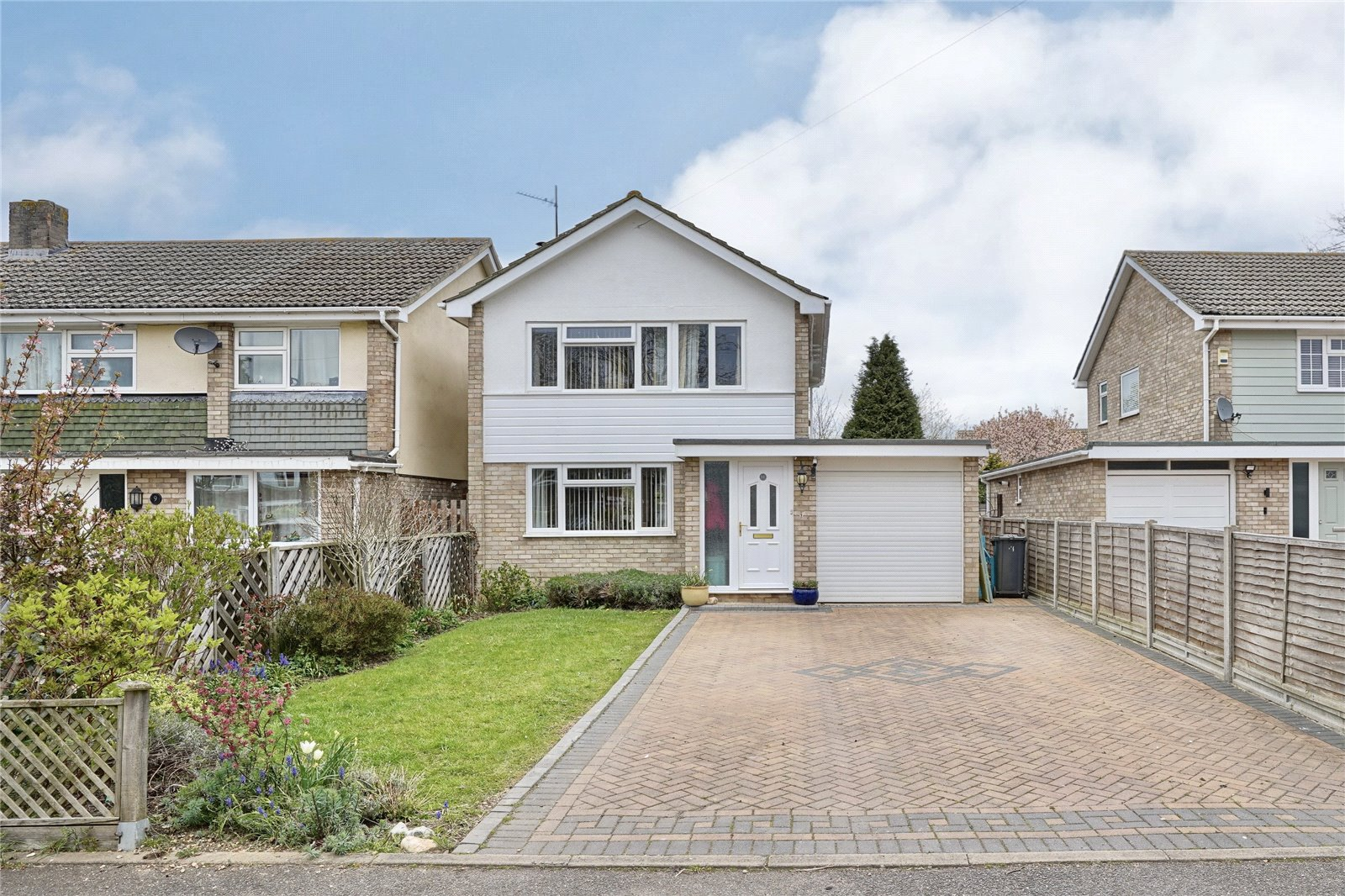 3 bed house for sale in St. Ives, PE27 5QH - Property Image 1