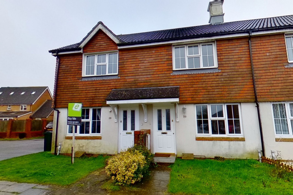 2 bed terraced house for sale in Bishopswood, Kingsnorth, Ashford - Property Image 1