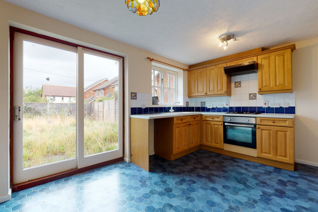 3 bed detached house for sale in Roman Way, Kingsnorth, Ashford  - Property Image 3