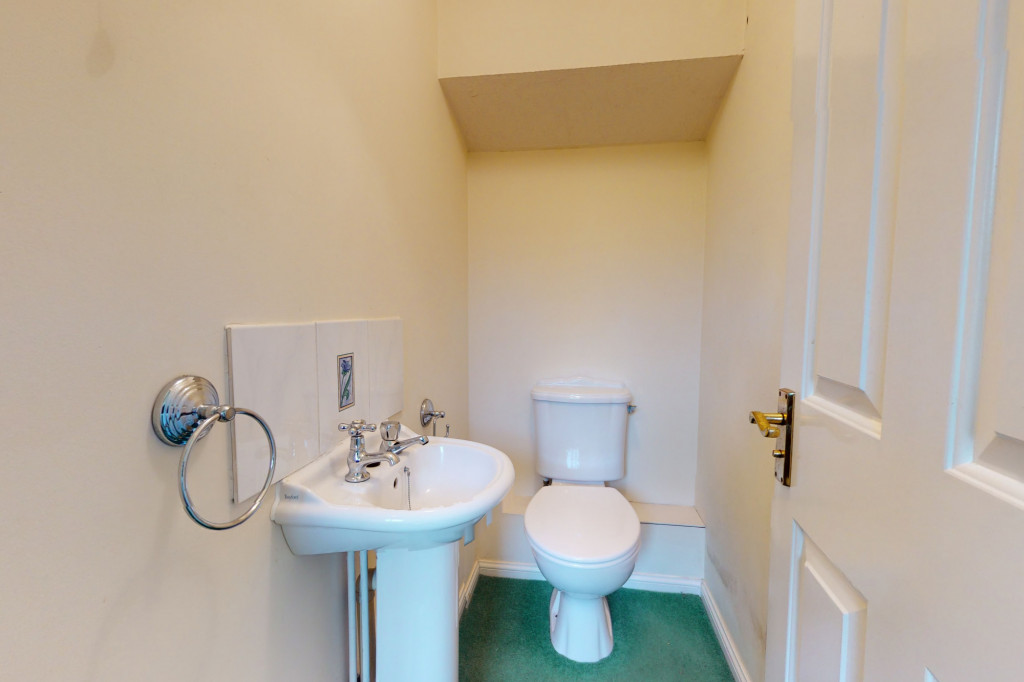 3 bed detached house for sale in Roman Way, Kingsnorth, Ashford  - Property Image 4