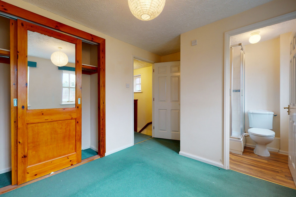 3 bed detached house for sale in Roman Way, Kingsnorth, Ashford 5