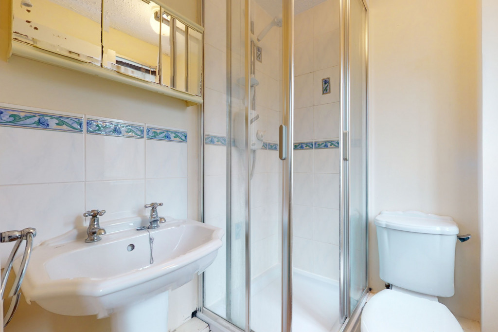 3 bed detached house for sale in Roman Way, Kingsnorth, Ashford  - Property Image 7