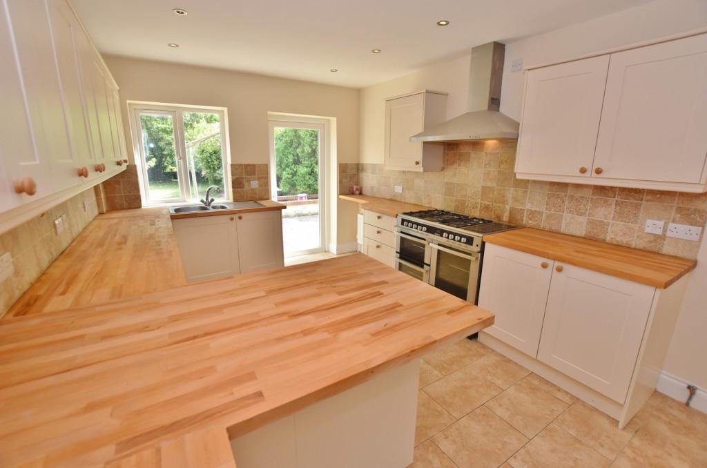 4 bed detached house for sale in Sandyhurst Lane, Ashford  - Property Image 1