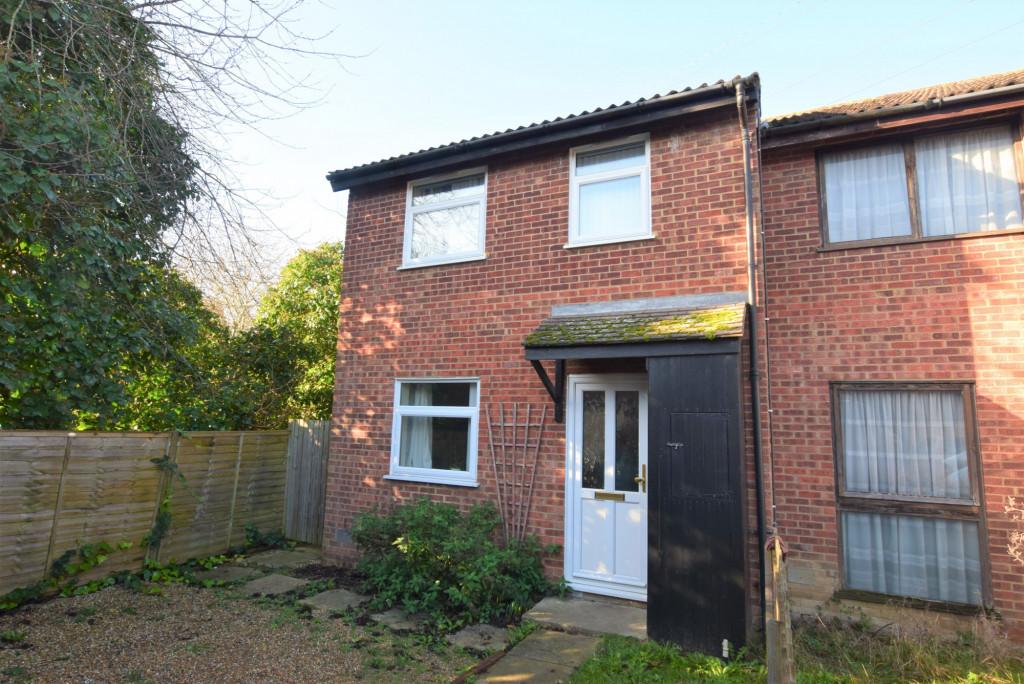 3 bed end of terrace house for sale in Huntswood, Singleton, Ashford 0