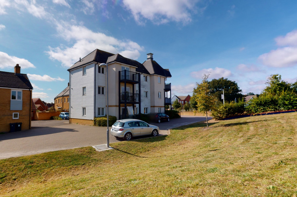 2 bed apartment to rent in Jack Dunbar Place, Ashford 0