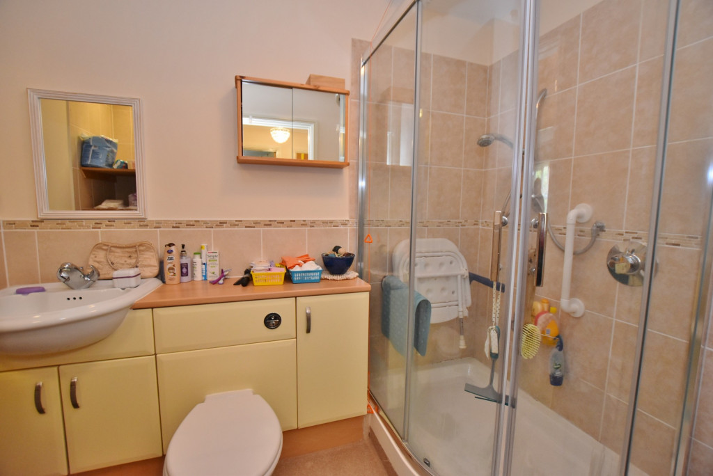 1 bed retirement property to rent in Windsor Court, Hoxton Close, Ashford 7