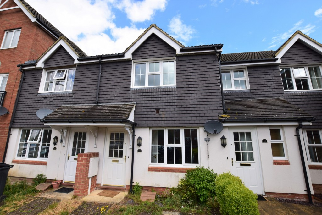 2 bed terraced house for sale in Bryony Drive, Park Farm, Ashford 4