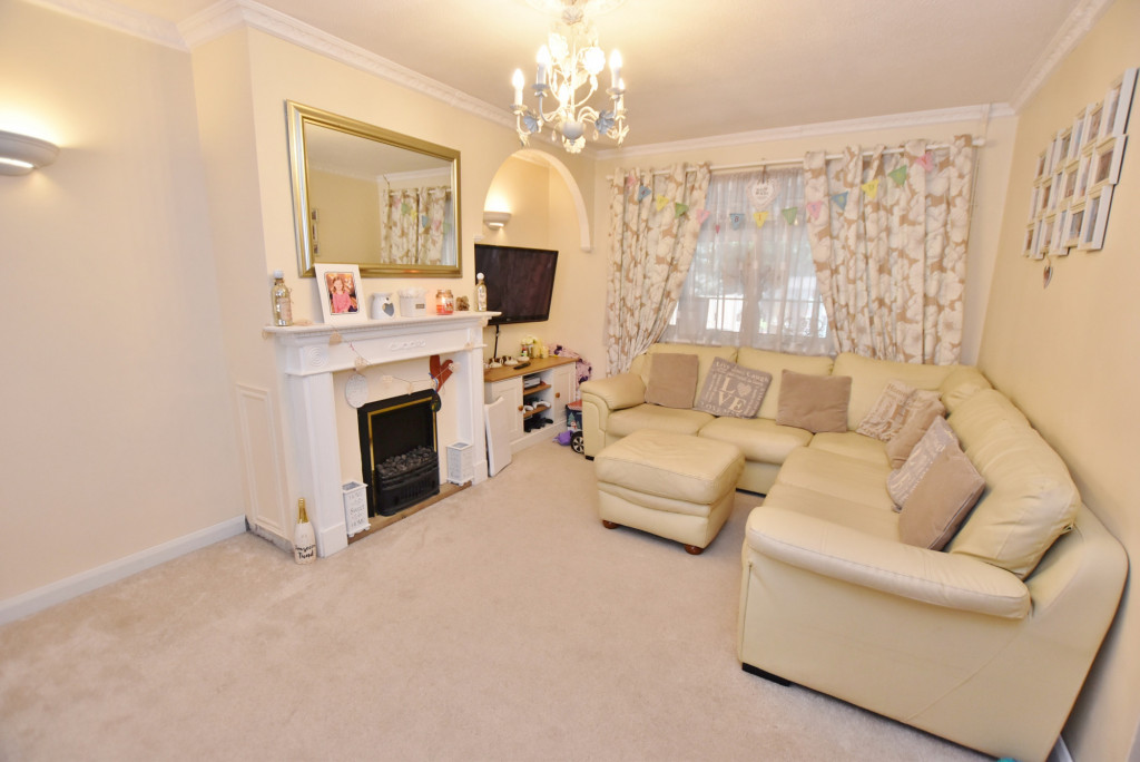 3 bed semi-detached house for sale in Salthouse Close, Brookland, Romney Marsh  - Property Image 5