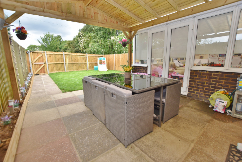 3 bed semi-detached house for sale in Salthouse Close, Brookland, Romney Marsh  - Property Image 14