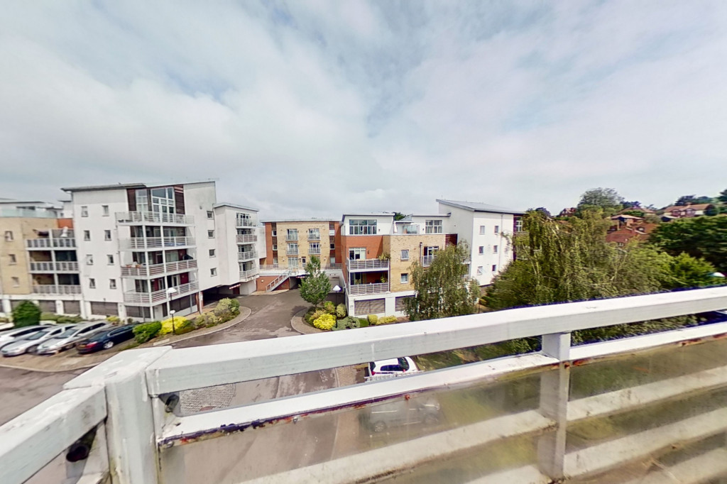 2 bed apartment to rent in Kingfisher Meadow, Maidstone 0