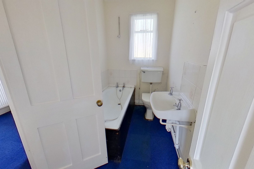 2 bed cottage for sale in New Street, Lydd, Romney Marsh  - Property Image 6