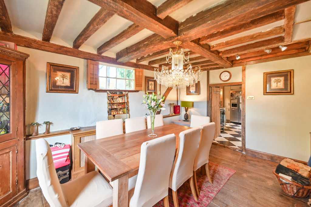 4 bed detached house for sale in Diamond Farm, Coxhill Road, Shepherdswell, Dover  - Property Image 3