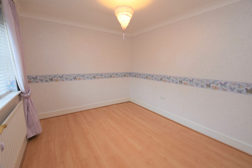 4 bed detached house to rent in Millstream Green, Ashford 8