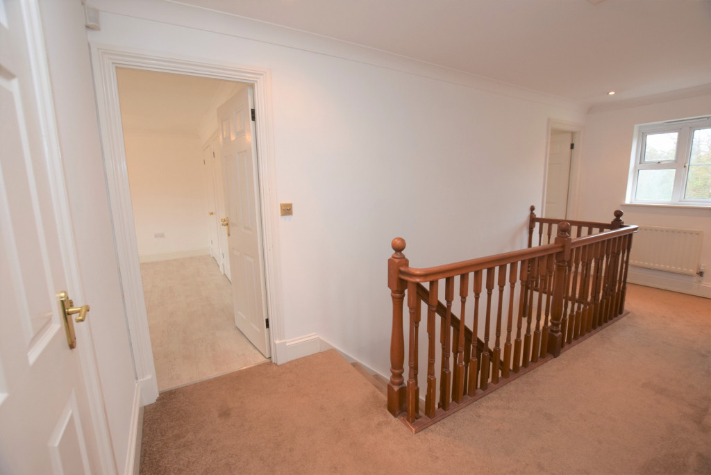 4 bed detached house to rent in Millstream Green, Ashford 16