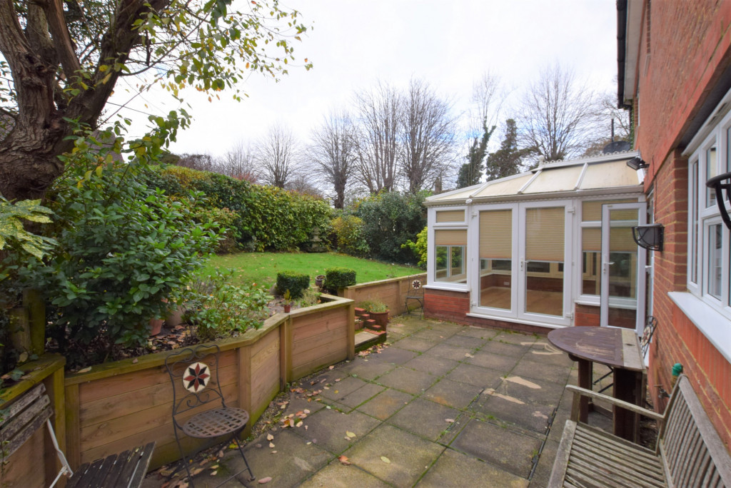 4 bed detached house to rent in Millstream Green, Ashford 17
