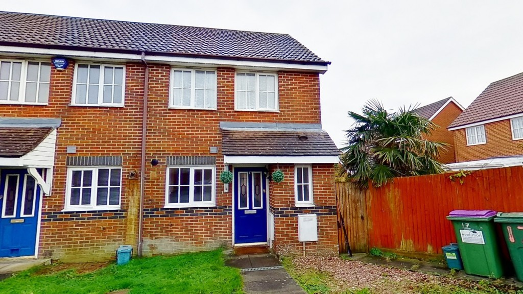 2 bed end of terrace house for sale in Mitchell Avenue, Hawkinge, Folkestone 1