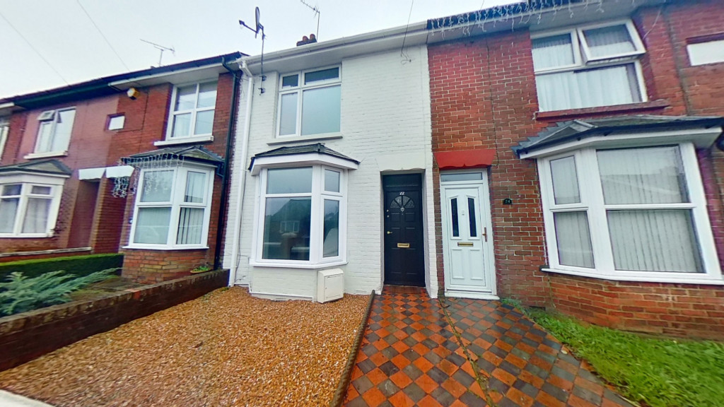 3 bed terraced house for sale in Curtis Road, Ashford  - Property Image 1