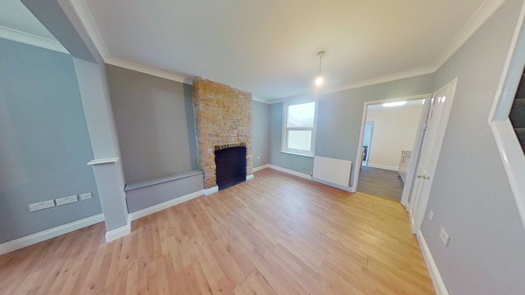 3 bed terraced house for sale in Curtis Road, Ashford  - Property Image 2