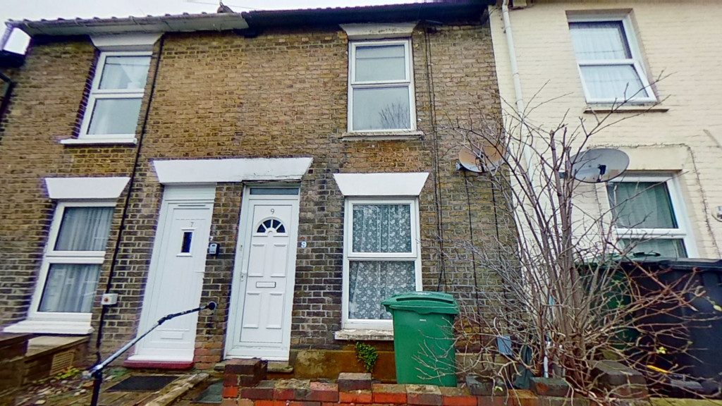2 bed terraced house for sale in Thornhill Place, Maidstone 0