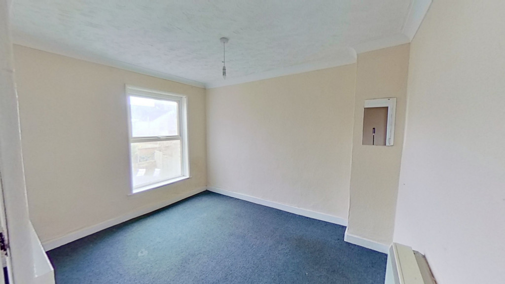 2 bed terraced house for sale in Thornhill Place, Maidstone 6