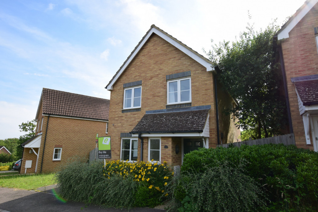 3 bed detached house for sale in Lodge Wood Drive, Orchard Heights, Ashford  - Property Image 1