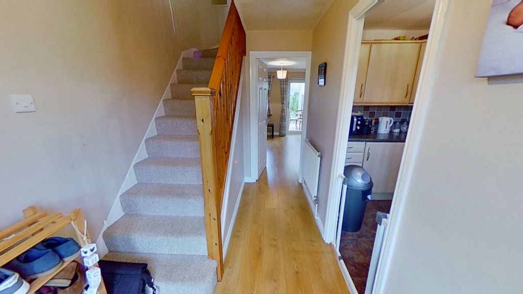 2 bed terraced house for sale in Park Wood Close, Ashford 1