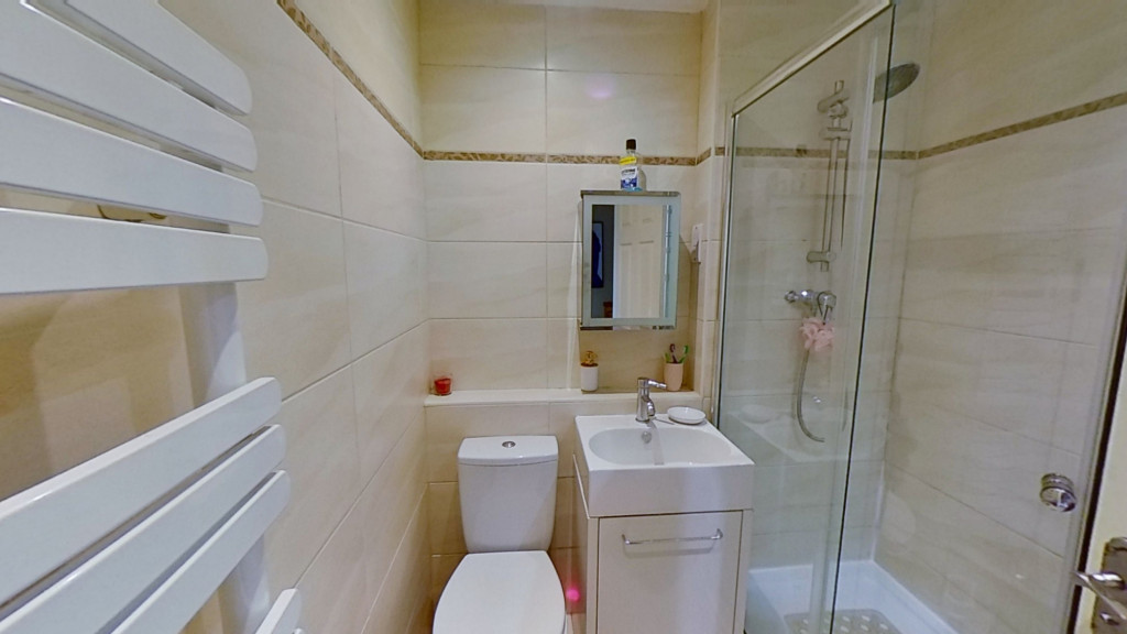 2 bed terraced house for sale in Park Wood Close, Ashford  - Property Image 8