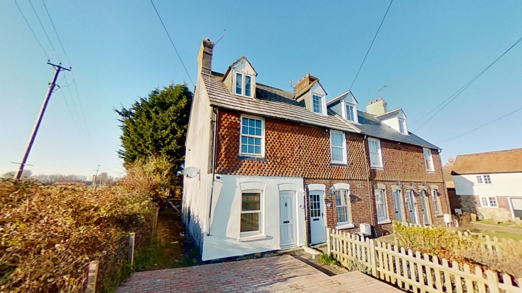 2 bed end of terrace house for sale in The Square , Upper Street, Leeds, Maidstone  - Property Image 1
