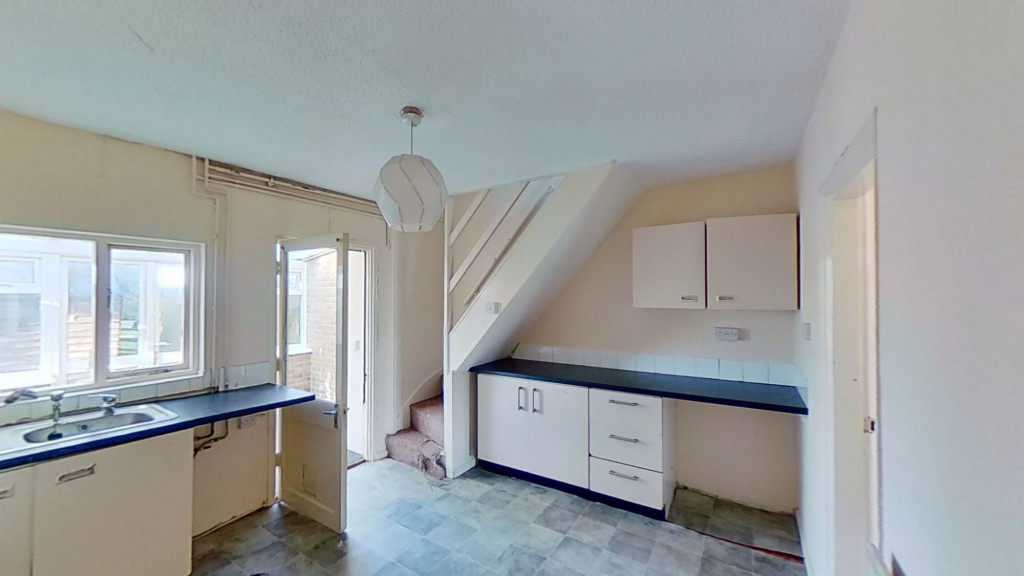 2 bed end of terrace house for sale in The Square , Upper Street, Leeds, Maidstone 3