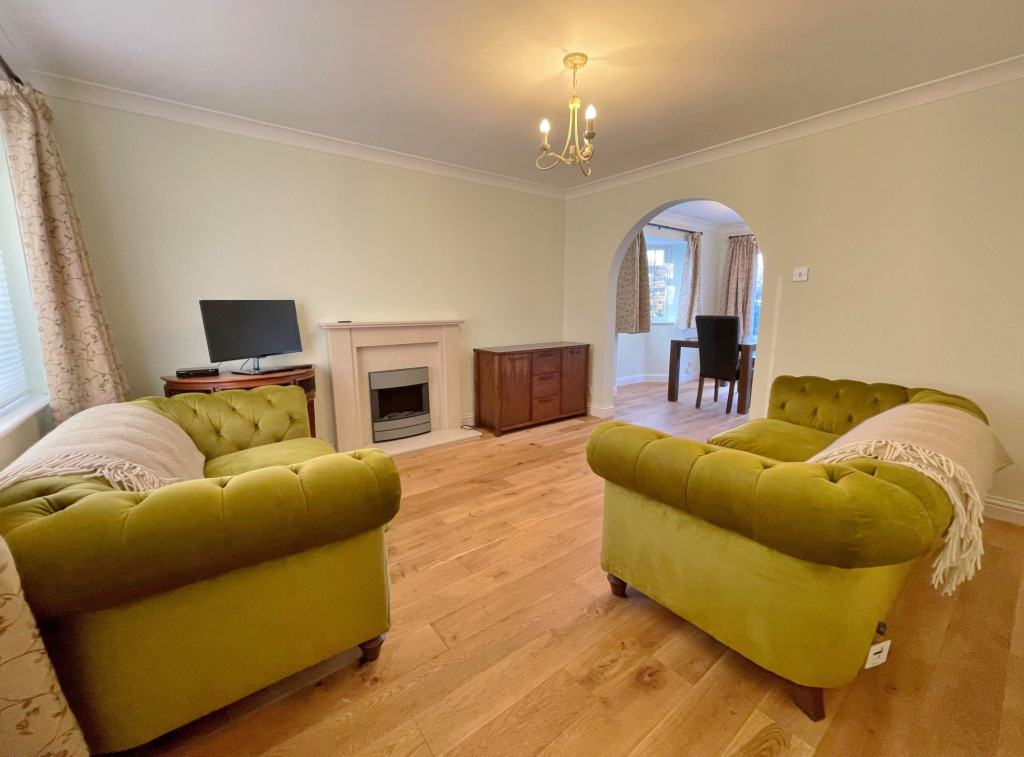 3 bed detached house to rent in South Motto, Park Farm, Ashford 0