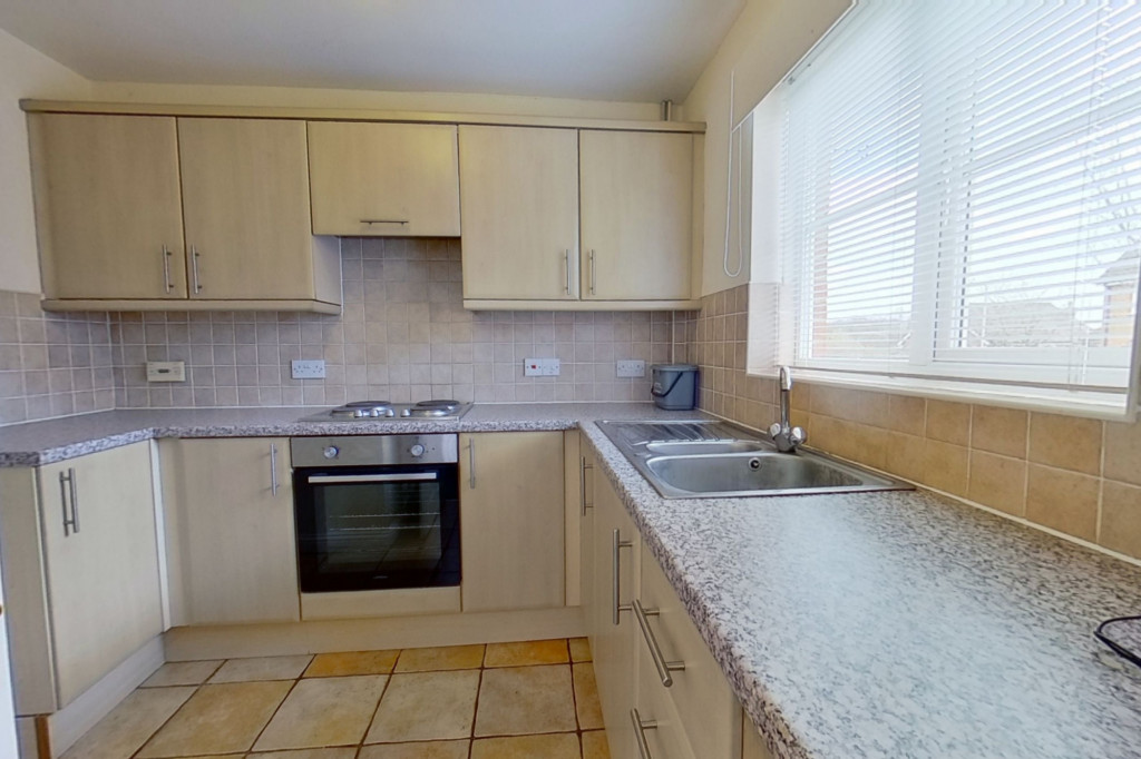 3 bed semi-detached house for sale in Lodge Wood Drive, Ashford  - Property Image 3