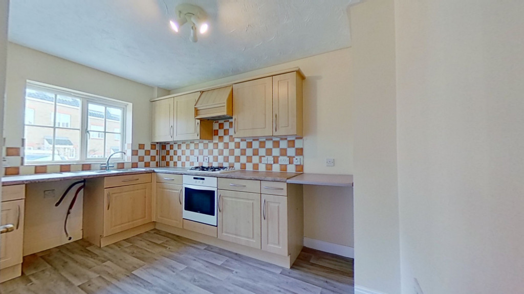 3 bed detached house for sale in Guernsey Way, Ashford 3